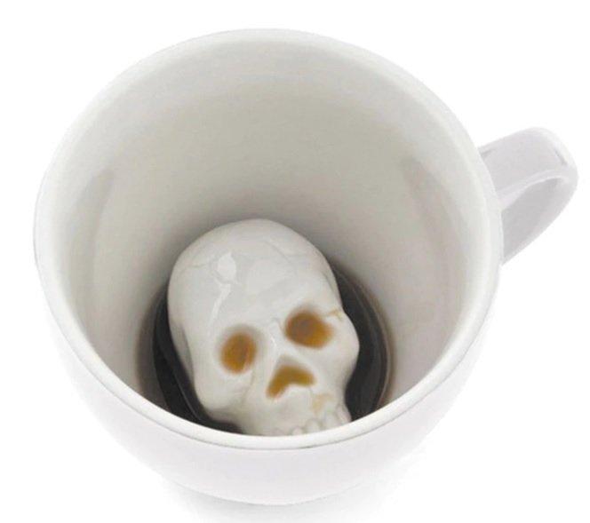 Kaffeebecher Totenkopf witzig 01
